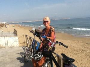Spain-Linda-Underhill-cycling-on-coast-near-Alicante_640x480