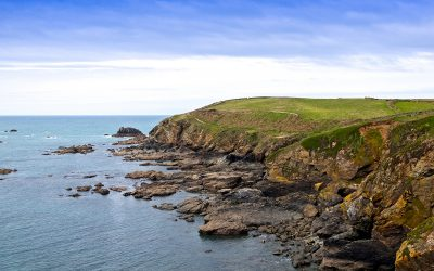 Poldark lures retirees to Cornwall